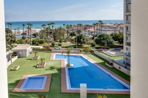 Rent apartment with views. La Mata. Torrevieja.