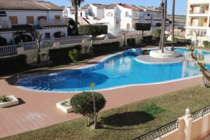 Rent apertment with pool view. La Mata. Torrevieja.
