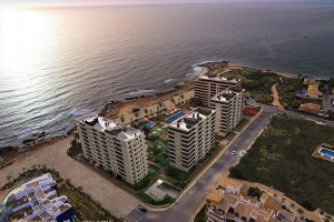 Buy apartment in first line of the beach. Punta Prima. Orihuela Costa.