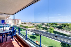 Buy apartment with views. La Mata. Torrevieja.
