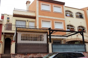 Buy bungalow with terrace. Rojales. Alicante.