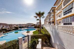 Buy apartment with pool. La Mata. Torrevieja.
