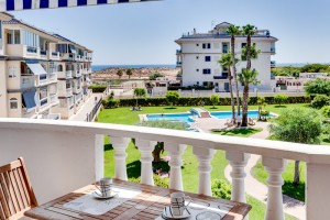 Buy apartment with view. La Mata. Torrevieja.